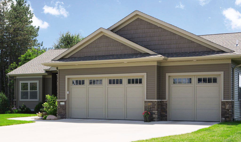 Courtyard Collection & Residential Garage Doors   Overhead Door Company of Cheyenne ...